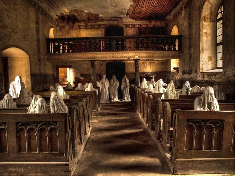کلیسایی پرشده با حضور ارواح در جمهوری چک