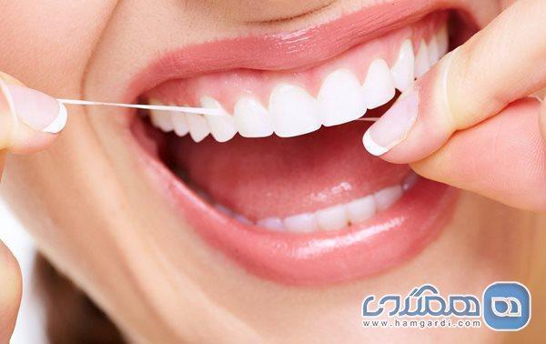 استفاده از نخ دندان بهتر است یا خلال دندان؟