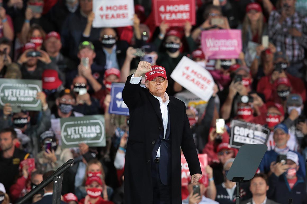 700 مرگ کرونایی نتیجه تجمعات انتخاباتی ترامپ در 3 ماه