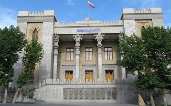 فراخوان وزارت خارجه برای دریافت شناسنامه ایرانی در نمایندگی ها