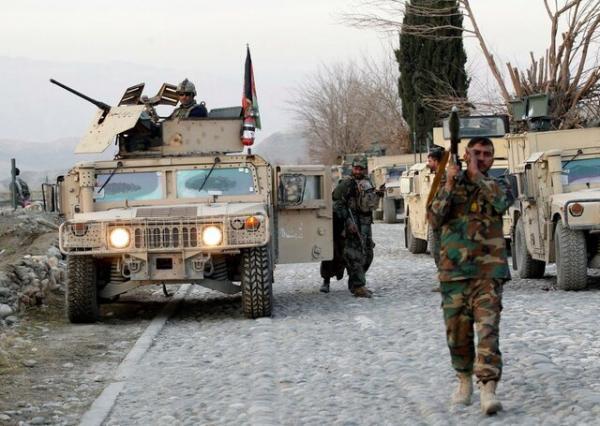 خلیلزاد: طالبان مانع تراشی کند، تحریم می گردد